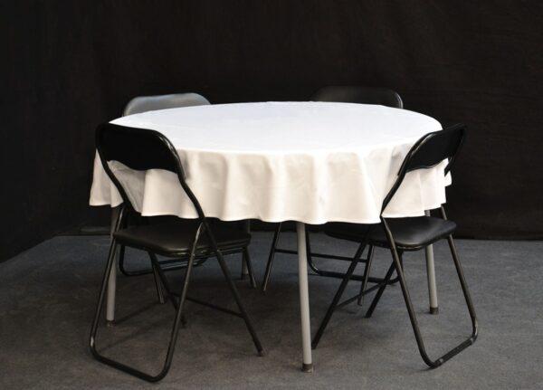 pieni_pyöreä_pöytä_vuokrakaluste