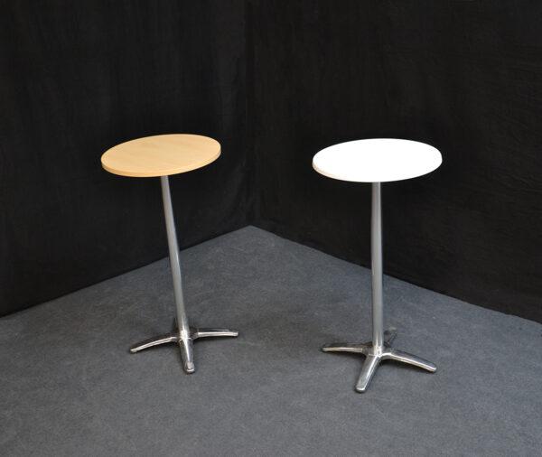 metalli-ristikko-pystäri-pystypöytä-vuokrakaluste