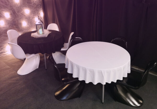 Pöytäliina pyöreään pöytään