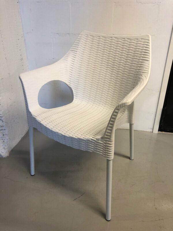 Valkoinen tuoli outlet vuokrakaluste