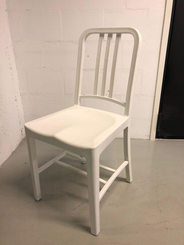 Valkoinen_tuoli_vuokrakaluste_outlet