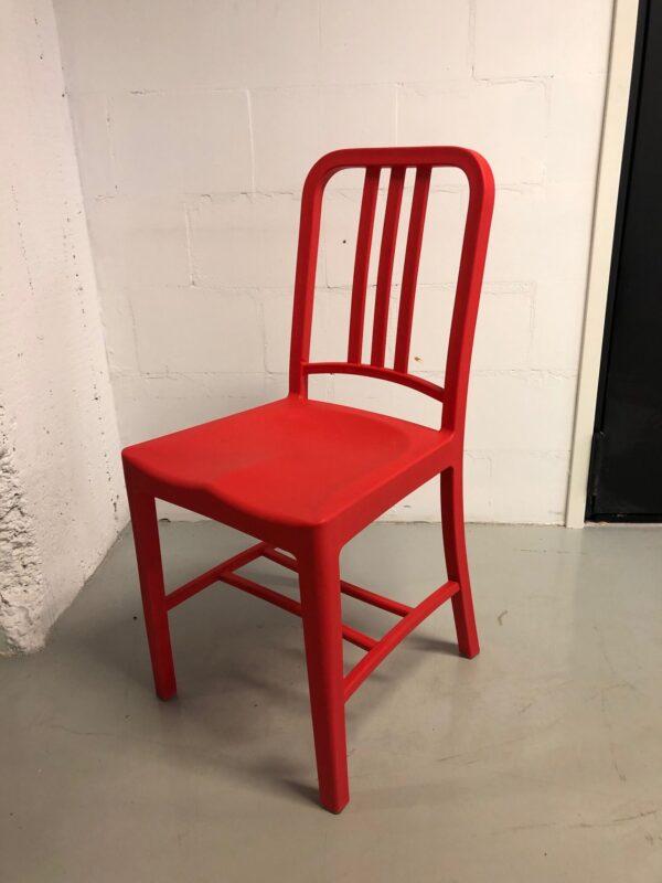 Punainen_tuoli_vuokrakaluste_outlet